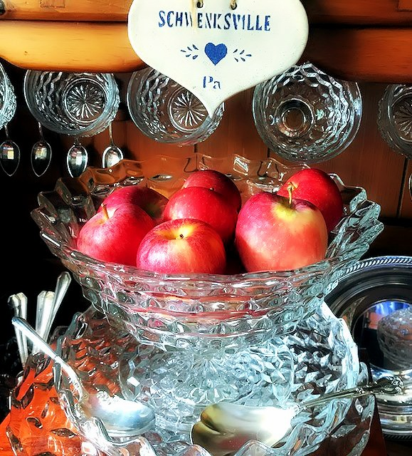 Fostoria American for the Holidays | Footed Fruit Bowl